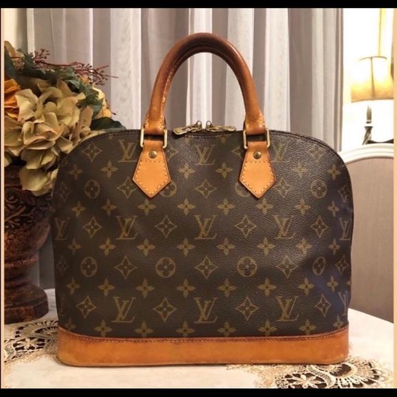 Authentic Louis Vuitton Alma - Used